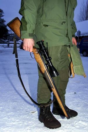 De legala vapnen är inte problemet, menar Karl-Evert Hellsen.