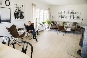 2016 blev ett oförglömligt år för Ann Liljeqvist som fick besök av Bygglovsgänget på TV4. Hon sökte för att få hjälp med köket – och fick vardagsrummet omgjort på köpet.