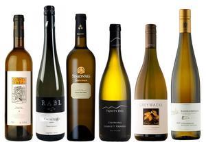 I augusti lanseras vid två tillfällen exklusiva vinnyheter. Här är några av de bästa vita köpen.