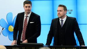 Sverigedemokraternas ekonomiskpolitisk talesperson Oscar Sjöstedt och Mattias Karlsson, tillförordnad partiledare.