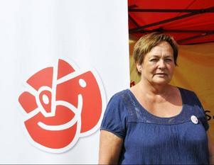 Gudrun Hansson (S) vill satsa på välfärdsfrågorna, men mest akut är sysselsättningen:– Vi måste skapa bra samarbete mellan näringsliv och politik för att behålla och skapa fler arbetstillfällen.