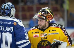 Luleås Joel Lassinantti höll nollan och överglänste Leksands båda målvakter, Atte Engren och Henrik Haukeland.