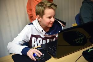 En ung talang på programmering är Joel Wiberg.