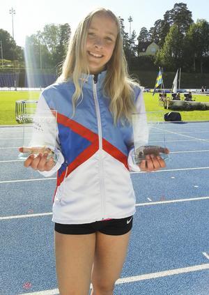 Mariebytalangen Karolina Svensson slog till med två pallplatser under lördagen. En andraplats i längd och en tredjeplats på 100 meter.