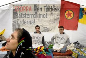 Hungerstrejk. Kurder i Stockholm protesterade för några år sedan mot Turkiets invasion i södra Kurdistan. Arkivbild: Anders Wiklund / SCANPIX