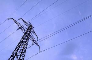 Vår infrastruktur vad avser el är gammal och otillräcklig. Vi har en stor utmaning både vad avser att bygga ny infrastruktur men också att bygga nytt utifrån nya förutsättningar och nya behov, skriver Lotta Olsson (M).