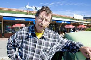 Lars-Erik Lundberg, Rörön:– Sysselsättningen. Sedan ACB Laminat gick i konkurs är många i kommunen arbetslösa. Och utan jobb finns en risk att ingen vill stanna här och att många hus kommer stå tomma.