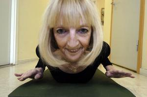 Alla kan lära sig yoga, säger Martine van Louwe.