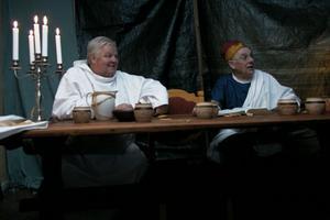 Lars Andersson och Sten Perols är två av lärjungarna som berättar vad som hände under den första nattvarden.