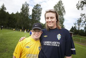 Peter Bengtsson som deltar varje år tillsammans med fritidsledare Åsa Carlson.