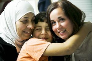 Mahdia Al Asaad och hennes son Mahmoud Essa, är glada och tacksamma över
