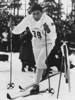 """Nils """"Mora-Nisse"""" Karlsson har vunnit loppet nio gånger. Här i skidspåret med nr 39 på bröstet."""