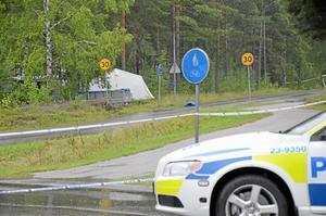 Polisen spärrade snabbt av fyndplatsen.