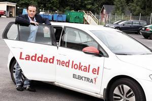 Lars Lindh tror på fortsatt expansion. Orosmoln är dock den numera globala ekonomin, som kan punktera marknaden i ett kick, som 2008. Han vill också satsa på miljön, som här införandet av elbilar.