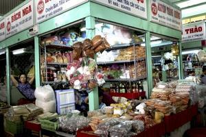 På marknaderna kan man handla mat- och konstsouvenirer att ta med sig hem.Foto: Anna-Lena Stålnacke