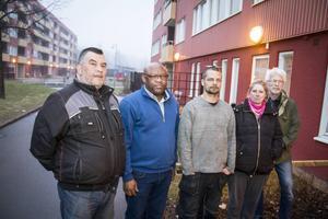 Jörgen Barresäter, Wellington Ikuobase, Fredrik Holm, Veronica Holm och Christer Edpil representerar Hyresgästföreningen Rymdskeppet som kan drabbas hårt om Gavlegårdarna får igenom sin vilja.