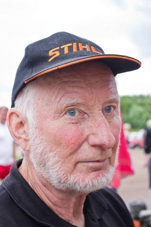 Åke Bäckman var med på Västerdalsträffen med ett 50-tal av sina motorsågar.