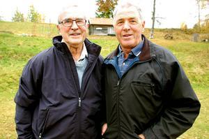 Till höger Vasaloppssegraren Staffans Larssons pappa är Hans-Erik Larsson, VM-åkare i Falun 1974 och hans bror Harry Larsson.