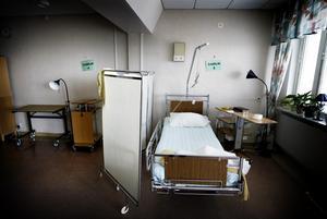 Vården. Med hjälp av ny teknik kan vården och arbetsmiljön förbättras, anser skribenten.       Foto: Tony Persson/arkiv