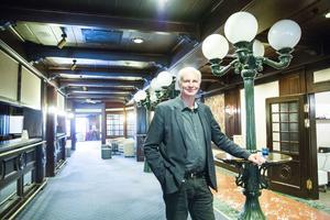 I dag är hotellets inredning mörk och Stefan Sund tror inte att det renoverats sedan Avesta galleria byggdes 1973. När Aaltohotellet står klart kommer det se helt annorlunda ut.