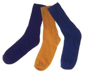 Männen misstänks bland annat ha stulit strumpor i Kilafors. Dock inte dessa strumpor.