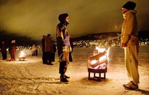 Erik Ottosson och Karin Vestberg från Östersund besökte i lördags Vinterparken för att delta i Earth hour.