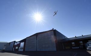 Mora flygplats riskerar att bli en flygplats helt utan kommersiell trafik och därmed är hela flygplatsen hotad.