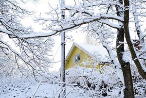 I Falun såldes en villa för 5,9 miljoner kronor och i Borlänge fick en villa prislappen 4,5 miljoner kronor. Här intill hittar du Lantmäteriets lista över de senast genomförda fastighetsaffärerna i Dalarna. OBS: Bilden föreställer ingen av villorna som har sålts i Dalarna.