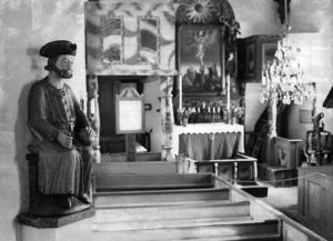 Den ovärderliga Sankt Olav-skulpturen, här på plats i Åre gamla kyrka.