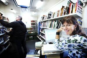 Kerstin Ingegärdsdotter har jobbat på bokbussen i sju år.