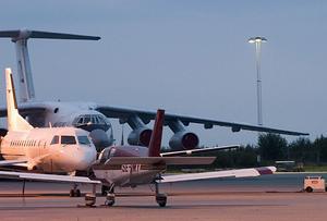 Nu växer motstånden mot en utbyggnad av Örebro flygplats.