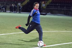 Frida Sjöberg kommer lämna ÖDFF, möjligen för elitettankonkurrenten Hammarby, men finns ändå med på Östersundslagets träningar nu.