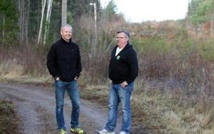 BRA SAMARBETE. Falu kommuns Jonas Boström och Falu IK:s Björn Lindgren där kommunen och klubbens spår möts. FOTO: MÅRTEN LÅNG