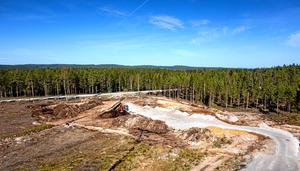 Markarbeten. Norra delen av industriområdet förbereds för bygge. Foto: Rolf Karlsson Bildmakarna Lindesberg