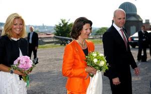 SVAGT. I går tog Sverige över ordförandeskapet för EU. Det är dock tyvärr svagt i fråga om att sätta blå-gul prägel på den europeiska agendan.  Bilden är från ceremonin på Skansen med prinsessan Madeleine, drottning Silvia och Fredrik Reinfeldt.
