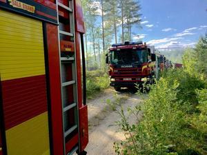Både skogsbranden vid Målhammar och den vid Stentjärnsmossen i Surahammars kommun är släckta och räddningstjänsten har lämnat brandplatserna.