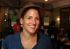 Fotbollsspelaren Sabrina Esser från Tyskland lämnade in en ring till The Unstraight Museum.