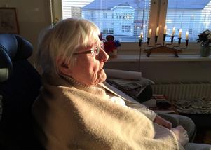 Hon har levt ett liv som väldigt få kan identifiera sig med. Lisbeth Östman blev lobotomerad i unga år.