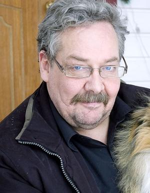 Alf Lundin byter parti.
