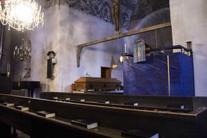 Predikstolen och annan ny interiör kom till Söderala kyrka på 1960-talet.