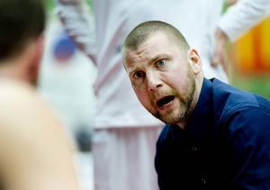 Peter Öqvist, coach LF Basket.