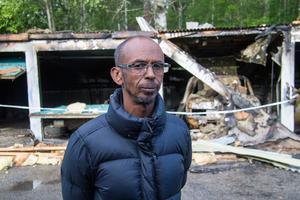 Mohamed Abdi hade sin bil parkerad i garaget som brann på Hantverksvägen i Fagersta.