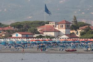 En italiensk hotellägare vill uppfostra ryssar som kommer till Italien.