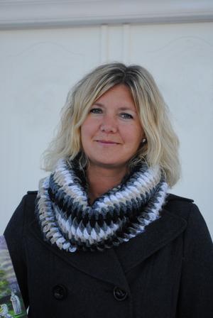 Hanna Blixt är dotter till konstnären och författaren Erkers Marie Persson.