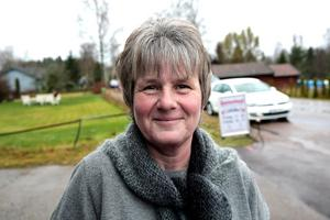 Pia Stark Junttila hoppas på stor uppslutning vid julfesten i Gubbo Folkets hus kommande lördag.