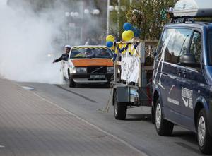 Fordonsprogrammets kortegebil bjöd som brukligt på en rejäl däckbränning.