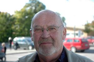 Olle Magnusson, 78 år, pensionär, Tierp:– Många tycker kanske synd om dem för att de inte fått vara med i debatter och föra att de blivit störda vid möten. De har synpunkter på invandring som jag helt tar avstånd emot.
