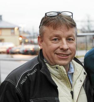 Olle Fack är tidigare C-politiker och arbetar just nu med cykelprojektets ansvarstagande i samhället (CSR-ansvarig).