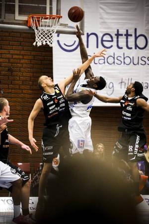 Jämtland stod för en stor skräll och slog Norrköping med 76-75.