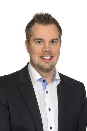 Nicklas Sandström (M).